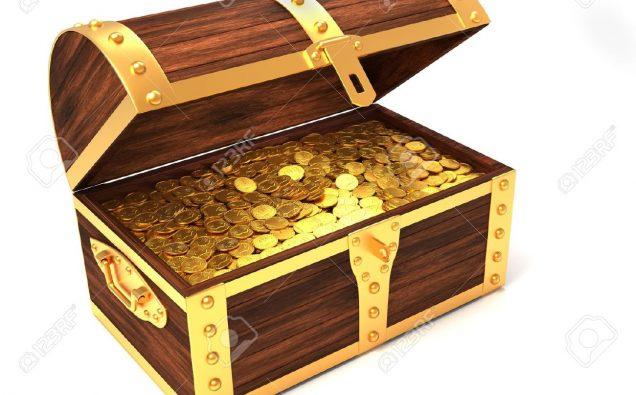 8628563-Scrigno-in-legno-con-monete-d-oro-stampato-con-corona-reale-3D-render-Archivio-Fotografico
