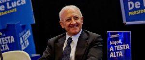 Vincenzo De Luca, candidato governatore del centrosinistra parla durante la campagna elettorale a Napoli, 09 maggio 2015. ANSA/CIRO FUSCO