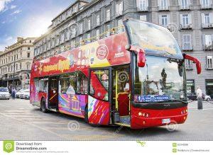 napoli-italia-bus-di-citysightseeing-62340088